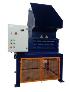 2 shaft industrial shredder K 25 HP series electric drive with CL system and hopper for ibc containers   SatrindTech Srl