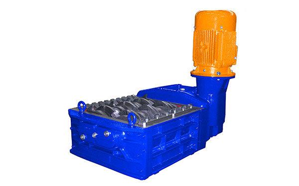 Broyeur industriel 2 arbres F 15 HP moteur électrique | SatrindTech-France Group SEREX