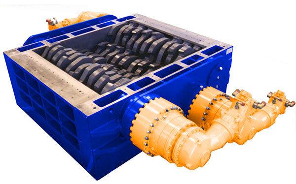 Broyeur industriel 4 arbres 4R 400 HP moteur hydraulique | SatrindTech-France Group SEREX